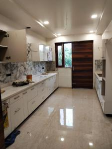 Gallery Cover Image of 2400 Sq.ft 4 BHK Independent Floor for buy in Sector 28 for 11500000