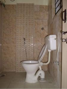 Bathroom Image of Sai Aashray PG in Jayanagar