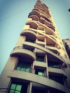 Gallery Cover Image of 1272 Sq.ft 2 BHK Apartment for buy in The Gajra Bhoomi Elite, Nerul for 15000000