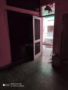 Gallery Cover Image of 900 Sq.ft 2 BHK Apartment for rent in Razapur Khurd for 20000