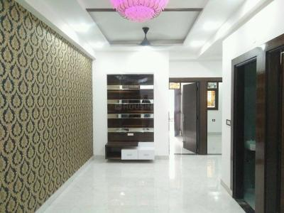 Gallery Cover Image of 1350 Sq.ft 3 BHK Apartment for buy in Niti Khand for 5800000