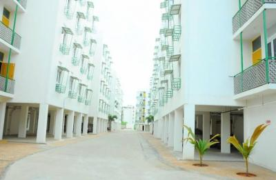 Gallery Cover Image of 677 Sq.ft 2 BHK Apartment for buy in Mahindra Happinest, Avadi for 2280000