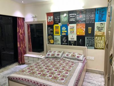 Gallery Cover Image of 650 Sq.ft 2 BHK Apartment for rent in Dahisar West for 25000