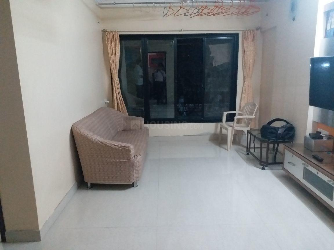 Living Room Image of 300 Sq.ft 1 RK Apartment for rent in Kandivali East for 14500