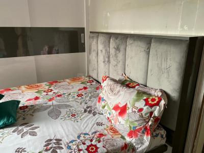 Bedroom Image of PG Room Available For Girl & Boy in Worli