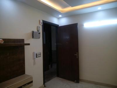 Gallery Cover Image of 650 Sq.ft 2 BHK Apartment for buy in Mahavir Enclave for 3600000