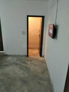 Gallery Cover Image of 450 Sq.ft 1 BHK Independent Floor for rent in Mahavir Enclave for 10000