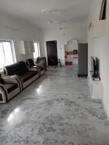 Gallery Cover Image of 1350 Sq.ft 2 BHK Independent Floor for rent in Bandlaguda Jagir for 12500