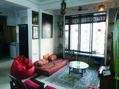 Gallery Cover Image of 900 Sq.ft 2 BHK Apartment for buy in Andheri West for 17000000