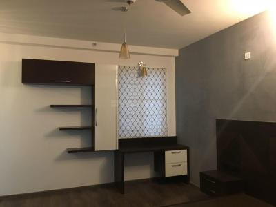 Gallery Cover Image of 1650 Sq.ft 3 BHK Apartment for rent in Rajajinagar for 150000
