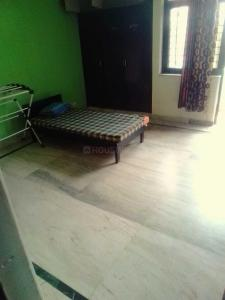 Gallery Cover Image of 1600 Sq.ft 3 BHK Apartment for rent in Sector 76 for 26000