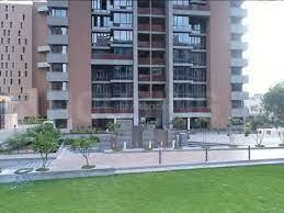 Gallery Cover Image of 2410 Sq.ft 3 BHK Apartment for buy in Maple Tree Garden Homes, Memnagar for 16000000