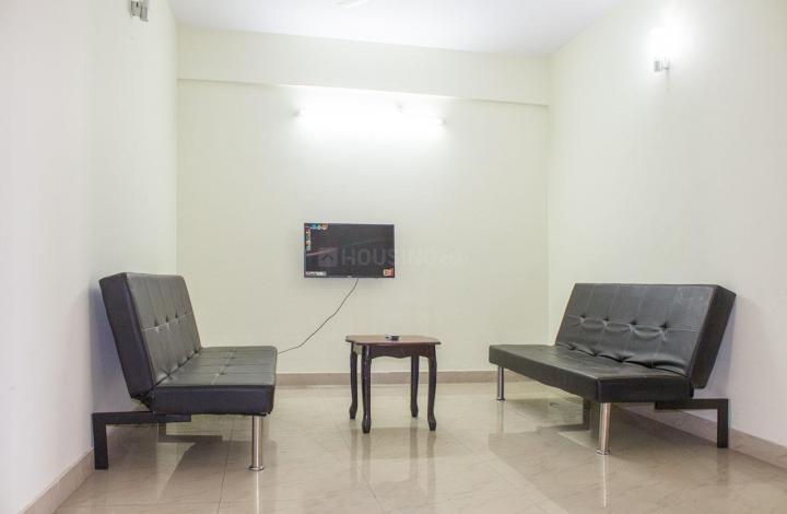 मठिकेरे में बॉइज़ पीजी के लिविंग रूम की तस्वीर