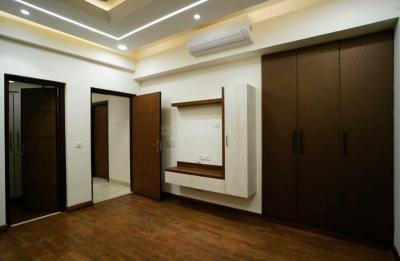 Gallery Cover Image of 1800 Sq.ft 3 BHK Independent Floor for buy in Sector 75 for 6900000