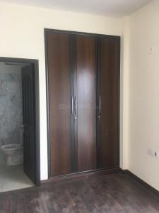 Gallery Cover Image of 925 Sq.ft 2 BHK Independent Floor for rent in Vatika Independent Floors, Sector 83 for 14000