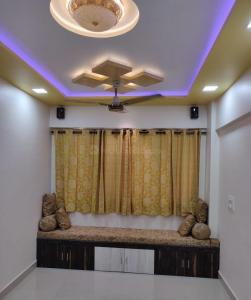 Gallery Cover Image of 520 Sq.ft 1 BHK Apartment for buy in VISHNU PATIL BHAVAN, Dombivli West for 4500000