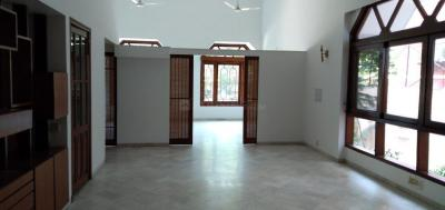 Gallery Cover Image of 4000 Sq.ft 6 BHK Independent House for buy in Sarvapriya Vihar for 167500000