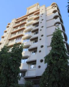 Gallery Cover Image of 838 Sq.ft 1 BHK Apartment for rent in Chembur for 50000