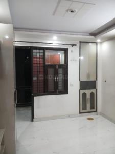 Gallery Cover Image of 800 Sq.ft 2 BHK Independent Floor for rent in Rathi Properties Homes I, Mahavir Enclave for 15000