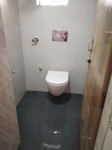 Common Bathroom Image of PG 5314083 Belapur Cbd in Belapur CBD
