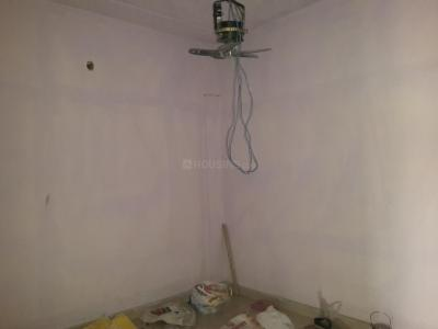 Gallery Cover Image of 550 Sq.ft 1 BHK Independent Floor for rent in DLF Phase 3 for 16000