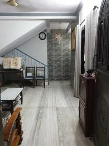 Gallery Cover Image of 1200 Sq.ft 3 BHK Independent House for buy in Vasai West for 18500000