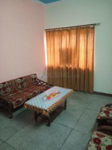 Gallery Cover Image of 600 Sq.ft 1 BHK Apartment for rent in Sector 52 for 16000