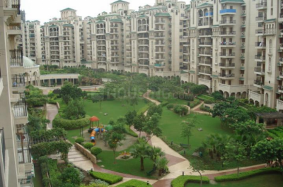 Gallery Cover Image of 2563 Sq.ft 4 BHK Apartment for rent in Sector 110 for 25000