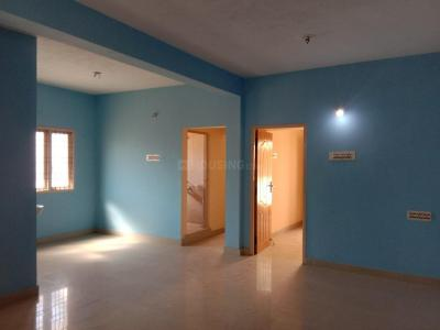 Gallery Cover Image of 976 Sq.ft 2 BHK Apartment for buy in Kattupakkam for 3700000