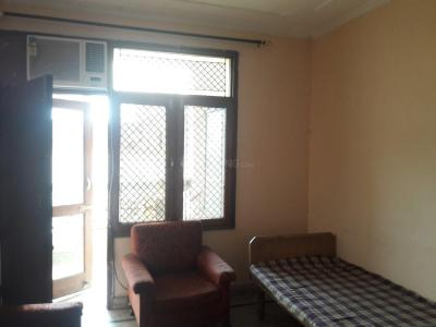 Gallery Cover Image of 550 Sq.ft 1 BHK Independent Floor for rent in DLF Phase 4 for 15000