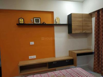 Gallery Cover Image of 940 Sq.ft 2 BHK Apartment for buy in Thane West for 13000000