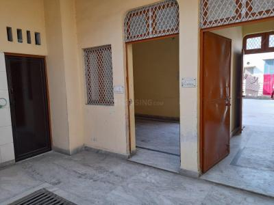 Gallery Cover Image of 550 Sq.ft 2 BHK Independent House for rent in Pratap Vihar for 7000