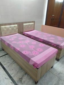 Bedroom Image of Comfort Solution in Sector 135