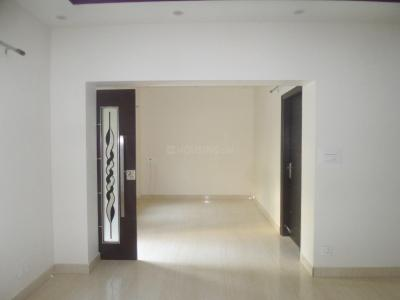 Gallery Cover Image of 2000 Sq.ft 3 BHK Apartment for rent in Vasant Kunj for 50000