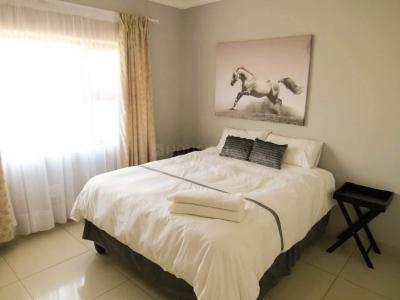 Gallery Cover Image of 805 Sq.ft 2 BHK Apartment for buy in Godrej Garden City, Chandkheda for 4200000