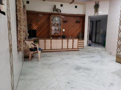 Gallery Cover Image of 1350 Sq.ft 1.5 BHK Independent House for rent in Greenwood Apartment, Hatkeshwar for 17500