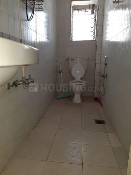 Common Bathroom Image of 700 Sq.ft 1 BHK Apartment for rent in Worli for 60000