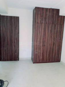 Gallery Cover Image of 1350 Sq.ft 3 BHK Apartment for buy in Shree Krishna Apartment, Sector 23 for 6450000