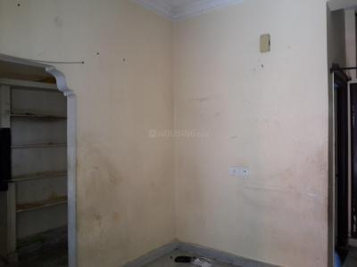 Gallery Cover Image of 400 Sq.ft 1 BHK Apartment for rent in Erragadda for 7500