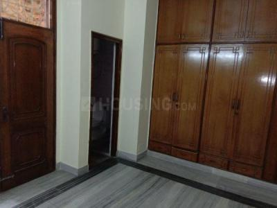 Gallery Cover Image of 1650 Sq.ft 3 BHK Independent House for rent in Sector 26 for 22000