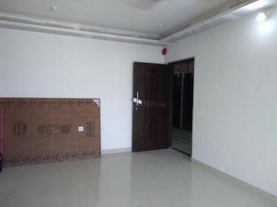 Gallery Cover Image of 723 Sq.ft 2 BHK Apartment for rent in Kandivali West for 35000
