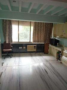 Gallery Cover Image of 618 Sq.ft 1 BHK Apartment for rent in Marine Lines for 80000