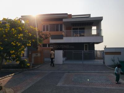 Gallery Cover Image of 5600 Sq.ft 4 BHK Villa for buy in Aparna Hill Park Boulevard, Aminpur for 60000000