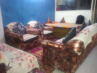 Gallery Cover Image of 750 Sq.ft 2 BHK Independent Floor for buy in Sector 11 for 4500000