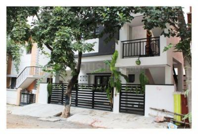 Gallery Cover Image of 650 Sq.ft 1 BHK Independent Floor for rent in Virupakshapura for 9000