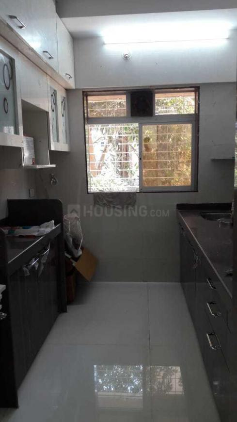 Kitchen Image of 800 Sq.ft 2 BHK Apartment for rent in Mulund West for 29000