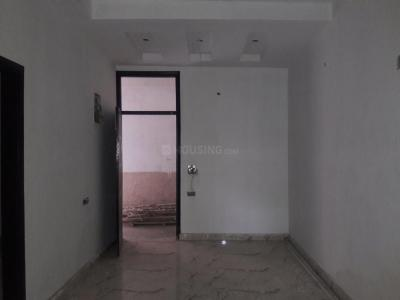 Gallery Cover Image of 1300 Sq.ft 3 BHK Apartment for buy in Shakti Khand for 5650000