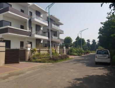 Gallery Cover Image of 3800 Sq.ft 4 BHK Independent Floor for rent in TDI City Kundli, Sector 58 for 35000