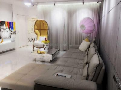 Gallery Cover Image of 1200 Sq.ft 3 BHK Apartment for rent in Andheri West for 150000