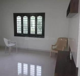 Gallery Cover Image of 1300 Sq.ft 2 BHK Apartment for rent in Chanakyapuri for 8000